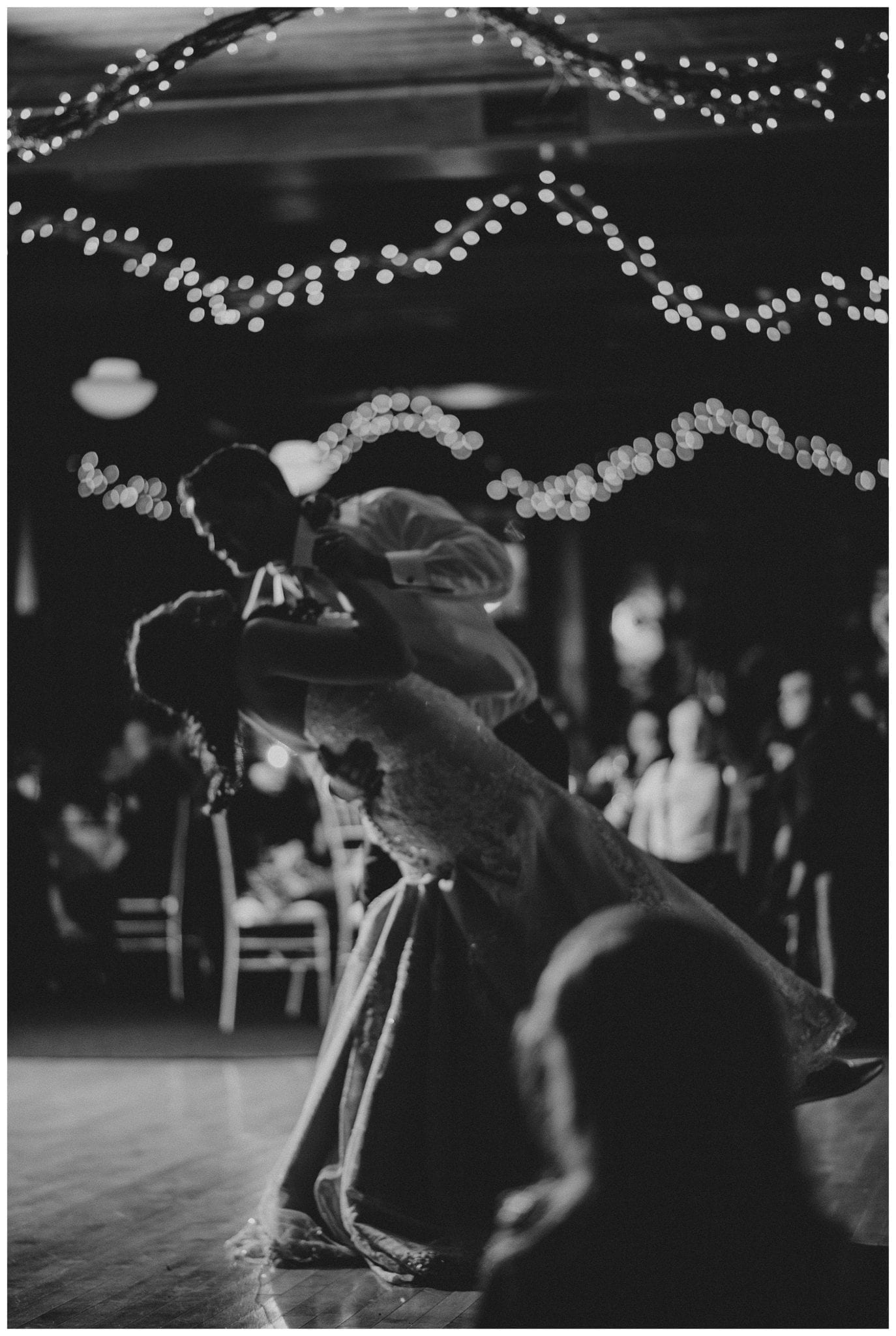 Michigan wedding photographers   Waldenwoods wedding   Captured Couture, LLC