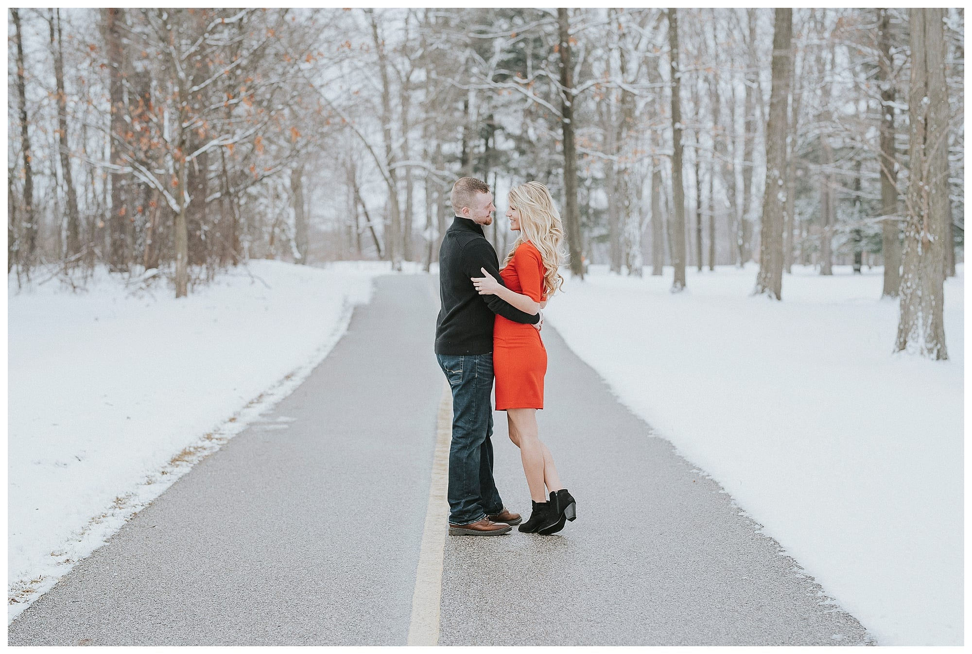 High end Michigan wedding photographer | Stoney Creek Metropark Engagement session
